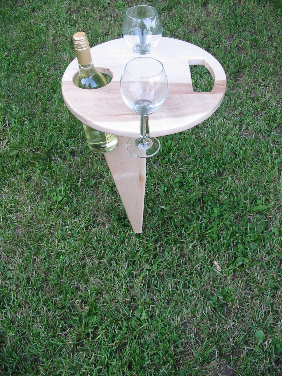 Folding Outdoor Wine Table Maple
