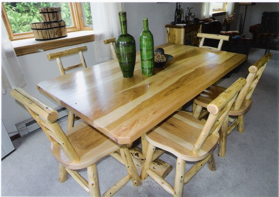 Board top dining room table for Html table th always on top